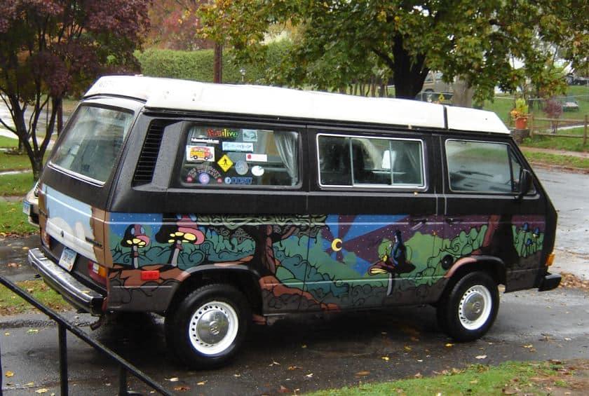 75 New Psychedelic VW Vans